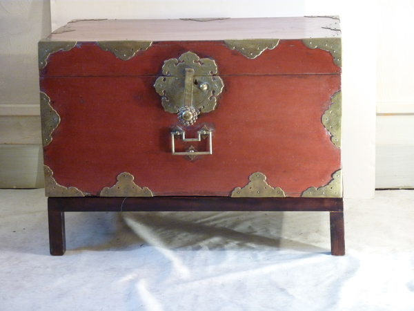Japanese Lacquered Trunk